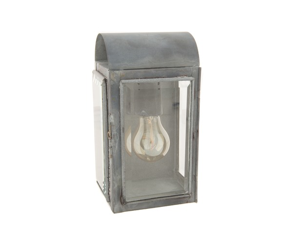 Coach House Wall Lantern